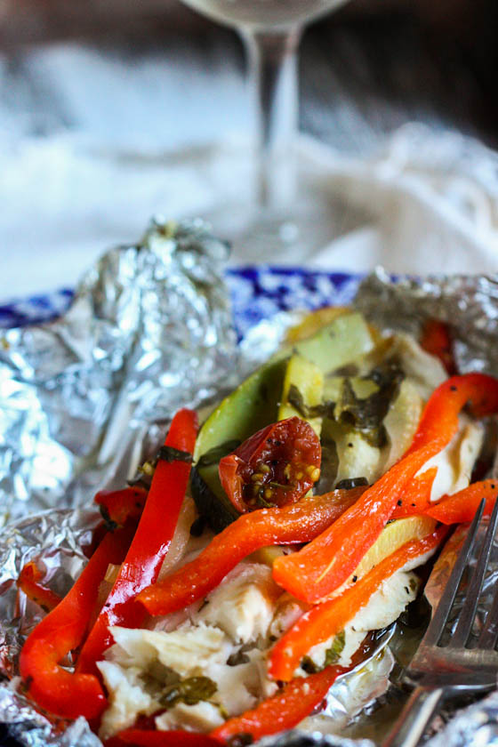 Foil baked fish with summer veggies eat live run for Cooking fish in foil